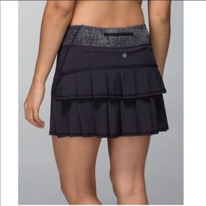 Lululemon Run Pace Setter Skirt Black Burlap Trim